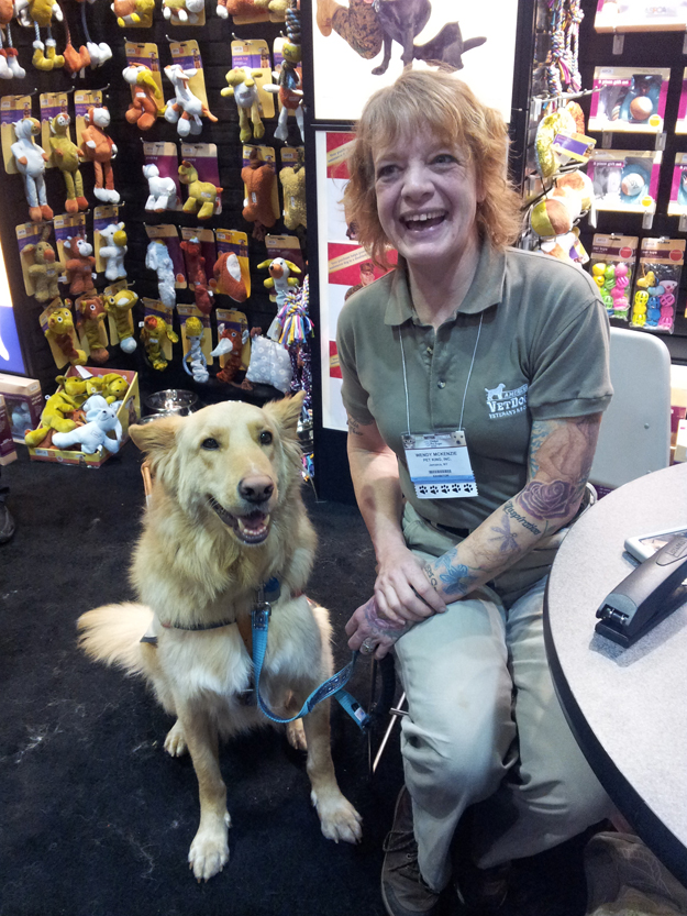Its_a_Lab_Thing_Americas_vetdogs_global_pet_expo_labradors006